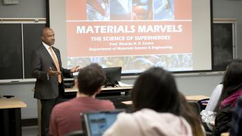 Chancellor May talks with a materials science class on the science of superheroes on March 5, 2018.